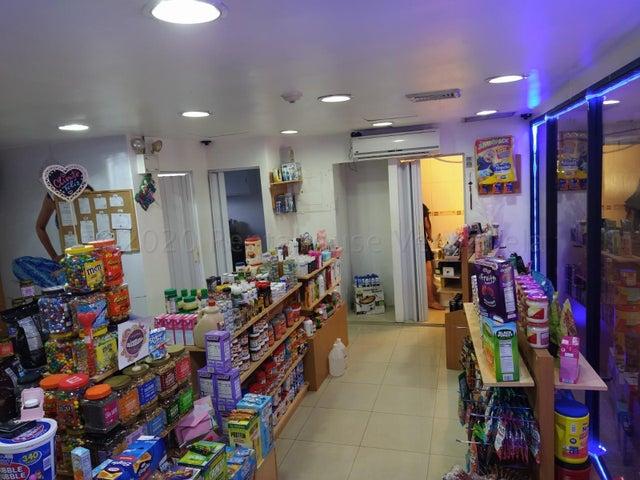 Local Comercial Distrito Metropolitano>Caracas>Los Samanes - Alquiler:300 Precio Referencial - codigo: 20-24514