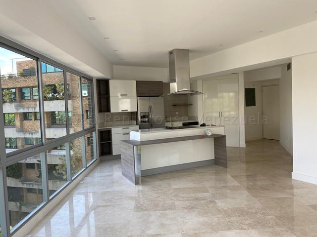 Apartamento Distrito Metropolitano>Caracas>La Castellana - Venta:380.000 Precio Referencial - codigo: 20-24505
