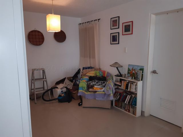 Apartamento Distrito Metropolitano>Caracas>El Encantado - Venta:35.000 Precio Referencial - codigo: 20-24531