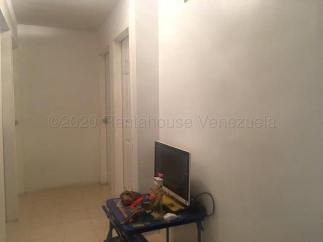 Apartamento Falcon>Punto Fijo>Las Virtudes - Venta:14.000 Precio Referencial - codigo: 20-24525