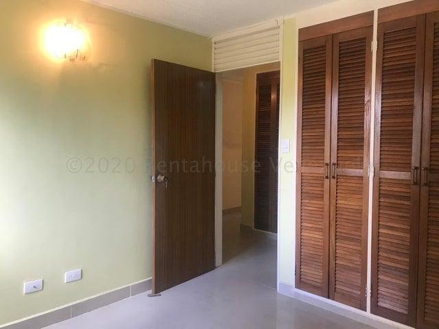 Apartamento Miranda>Carrizal>Colinas de Carrizal - Venta:21.000 Precio Referencial - codigo: 20-24530