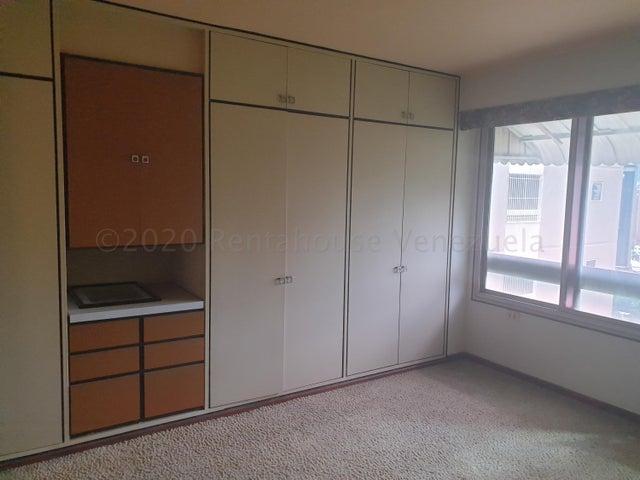 Apartamento Distrito Metropolitano>Caracas>Colinas de Bello Monte - Venta:174.500 Precio Referencial - codigo: 20-24556