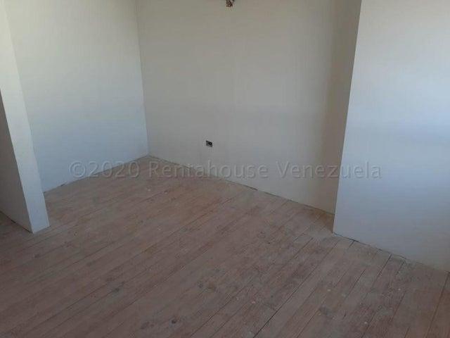 Apartamento Distrito Metropolitano>Caracas>El Rosal - Alquiler:1.000 Precio Referencial - codigo: 20-24562