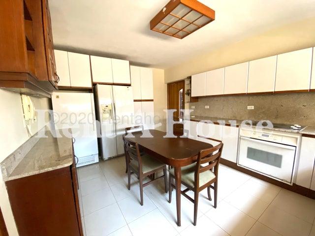 Apartamento Zulia>Maracaibo>La Lago - Venta:115.000 Precio Referencial - codigo: 20-24579