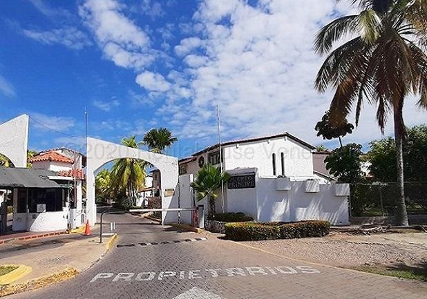 Casa Anzoategui>Lecheria>Complejo Turistico EL Morro - Venta:80.000 Precio Referencial - codigo: 20-24862