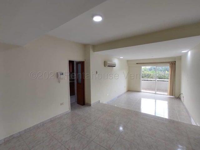 Apartamento Aragua>Maracay>Andres Bello - Venta:76.000 Precio Referencial - codigo: 20-24585