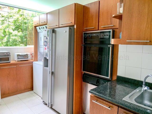 Apartamento Distrito Metropolitano>Caracas>Alto Hatillo - Venta:140.000 Precio Referencial - codigo: 20-24589