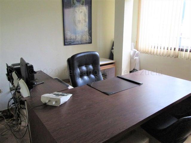 Apartamento Distrito Metropolitano>Caracas>Santa Monica - Venta:28.000 Precio Referencial - codigo: 20-24593