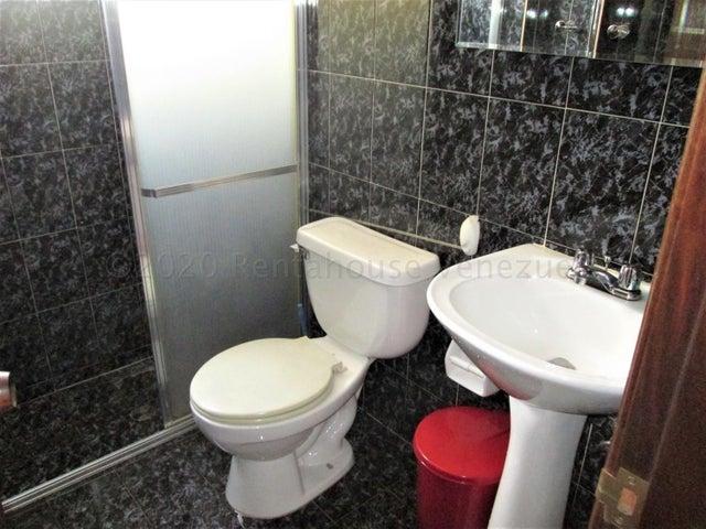Apartamento Distrito Metropolitano>Caracas>Santa Monica - Venta:25.000 Precio Referencial - codigo: 20-24594