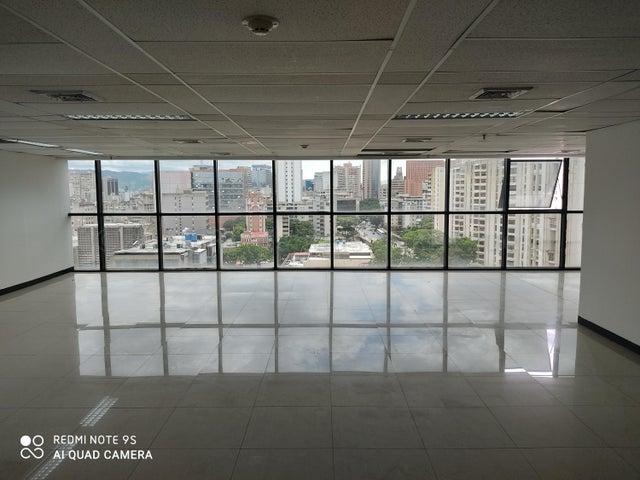 Local Comercial Distrito Metropolitano>Caracas>El Bosque - Alquiler:1.500 Precio Referencial - codigo: 20-24600