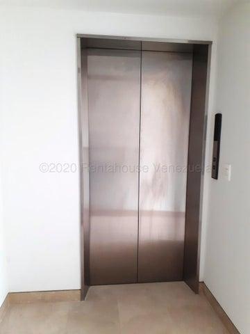 Apartamento Distrito Metropolitano>Caracas>Lomas de Las Mercedes - Venta:476.124 Precio Referencial - codigo: 20-4146