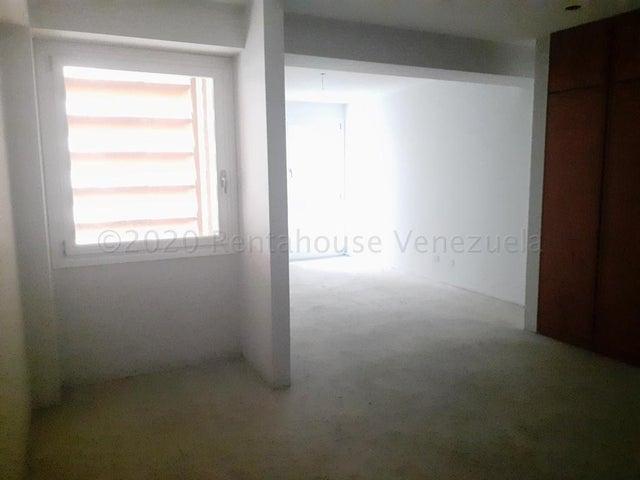 Apartamento Distrito Metropolitano>Caracas>Lomas de Las Mercedes - Venta:285.200 Precio Referencial - codigo: 20-3942