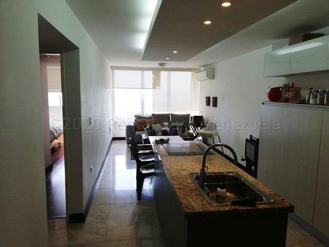 Apartamento Distrito Metropolitano>Caracas>Colinas de La Tahona - Venta:70.000 Precio Referencial - codigo: 20-24654