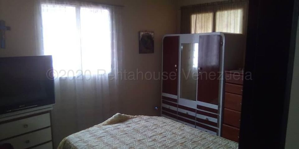 Casa Miranda>Carrizal>Municipio Carrizal - Venta:85.000 Precio Referencial - codigo: 20-24847