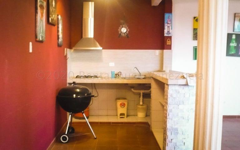 Casa Miranda>Carrizal>Colinas de Carrizal - Venta:280.000 Precio Referencial - codigo: 20-24900