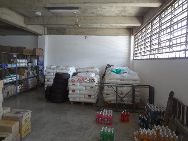 Galpon - Deposito Distrito Metropolitano>Caracas>Boleita Sur - Venta:200.000 Precio Referencial - codigo: 20-24960