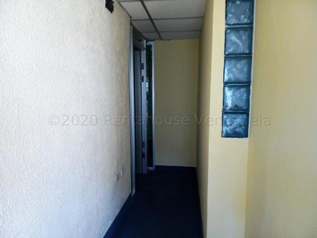 Oficina Zulia>Maracaibo>Tierra Negra - Alquiler:120 Precio Referencial - codigo: 20-25097