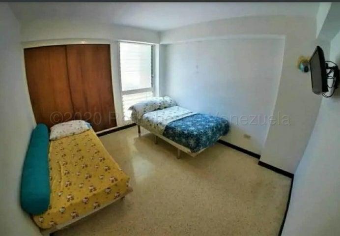 Apartamento Distrito Metropolitano>Caracas>Parroquia Santa Rosalia - Venta:19.500 Precio Referencial - codigo: 20-25213