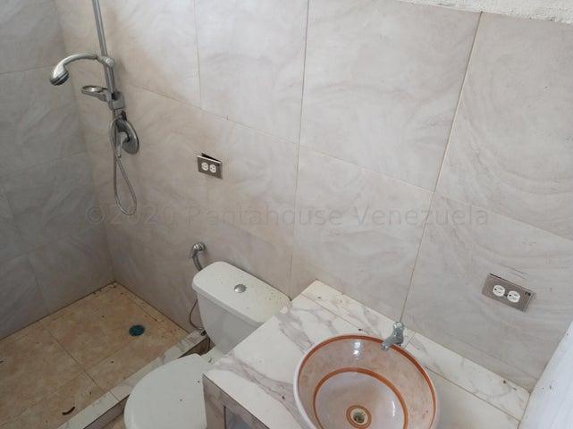 Terreno Distrito Metropolitano>Caracas>El Hatillo - Venta:45.000 Precio Referencial - codigo: 21-3006