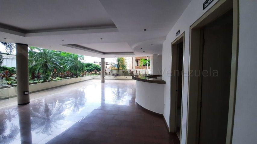 Apartamento Carabobo>Valencia>El Parral - Venta:35.000 Precio Referencial - codigo: 20-25351