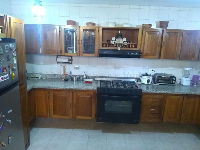 Casa Lara>Barquisimeto>Club Hipico Las Trinitarias - Venta:145.000 Precio Referencial - codigo: 20-25350