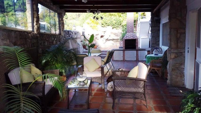 Casa Distrito Metropolitano>Caracas>Terrazas del Club Hipico - Venta:415.000 Precio Referencial - codigo: 21-5