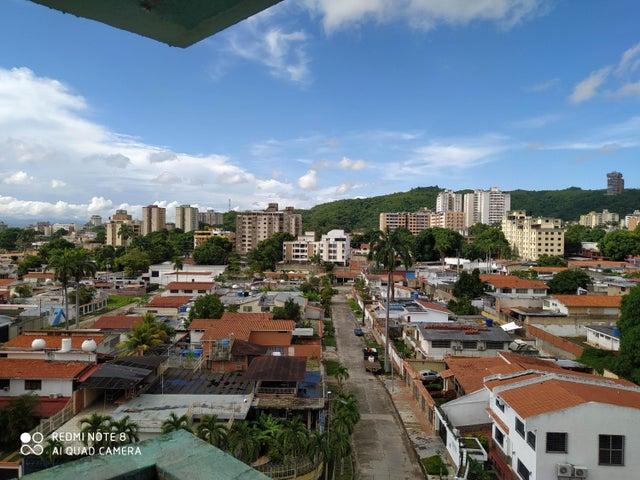 Apartamento Carabobo>Valencia>Agua Blanca - Venta:22.000 Precio Referencial - codigo: 21-121