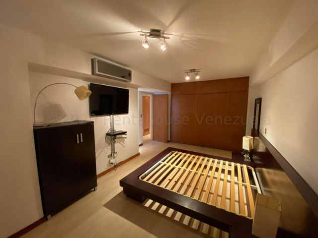 Apartamento Distrito Metropolitano>Caracas>Las Mercedes - Venta:270.000 Precio Referencial - codigo: 21-3054