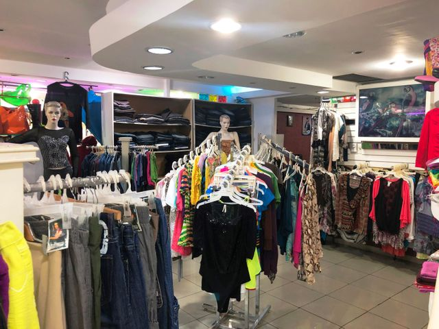 Local Comercial Carabobo>Valencia>Prebo II - Alquiler:500 Precio Referencial - codigo: 21-306