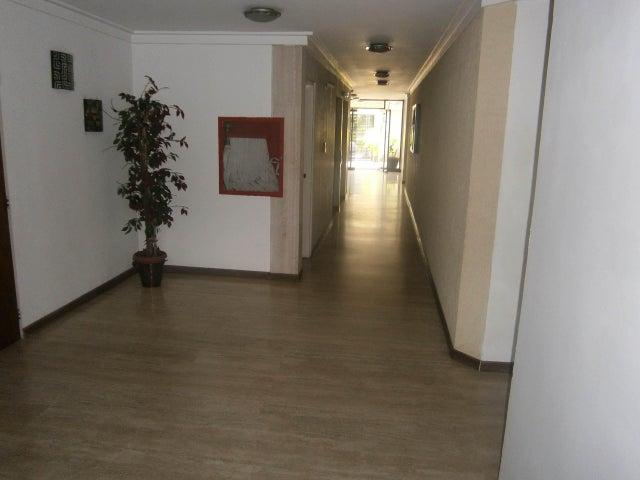 Apartamento Carabobo>Valencia>Valles de Camoruco - Venta:39.000 Precio Referencial - codigo: 21-439