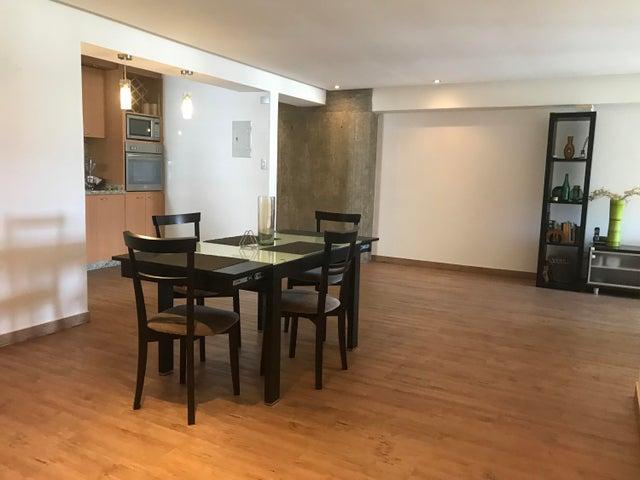 Apartamento Distrito Metropolitano>Caracas>El Cigarral - Venta:99.000 Precio Referencial - codigo: 21-490