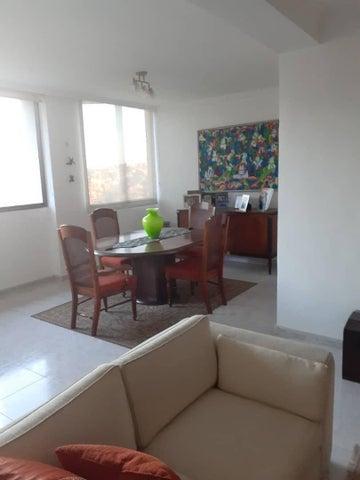 Apartamento Distrito Metropolitano>Caracas>Miranda - Venta:84.000 Precio Referencial - codigo: 21-576