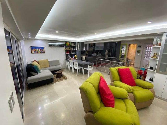 Apartamento Distrito Metropolitano>Caracas>Izcaragua - Venta:65.000 Precio Referencial - codigo: 21-797