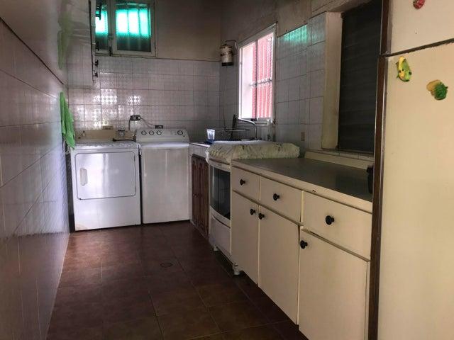Casa Bolivar>Ciudad Bolivar>Angostura - Venta:70.000 Precio Referencial - codigo: 21-962