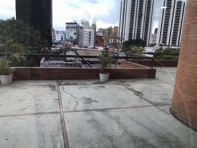 Oficina Distrito Metropolitano>Caracas>El Rosal - Venta:750.000 Precio Referencial - codigo: 21-1002