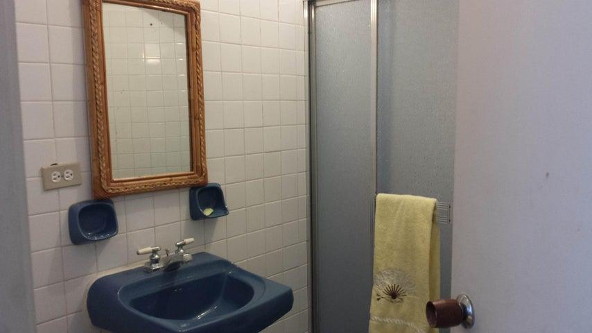 Apartamento Miranda>Rio Chico>Los Canales de Rio Chico - Venta:20.000 Precio Referencial - codigo: 21-1029