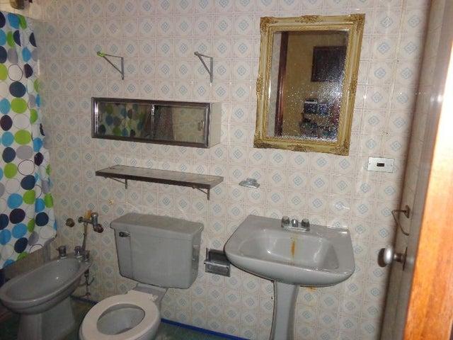 Apartamento Carabobo>Valencia>Trigal Norte - Venta:22.000 Precio Referencial - codigo: 21-1090