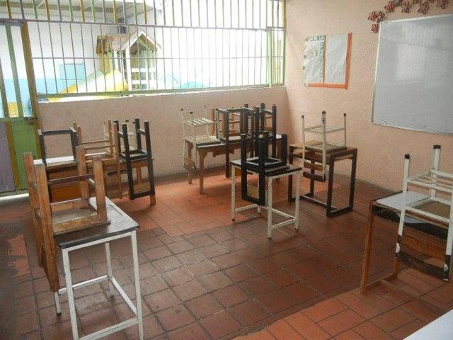 Casa Distrito Metropolitano>Caracas>Santa Monica - Venta:360.000 Precio Referencial - codigo: 21-1307