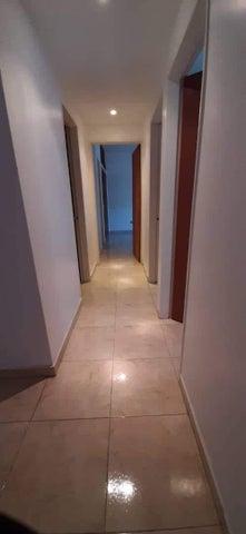 Apartamento Miranda>Guarenas>La Vaquera - Venta:22.500 Precio Referencial - codigo: 21-1337