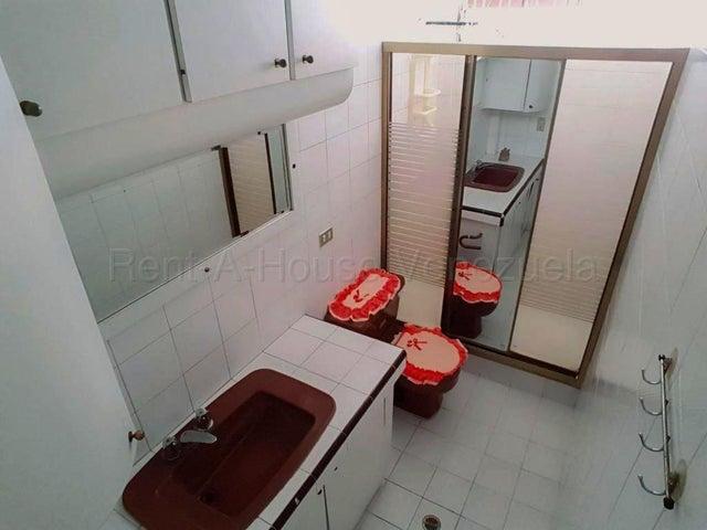 Casa Distrito Metropolitano>Caracas>Colinas de las Acacias - Alquiler:700 Precio Referencial - codigo: 21-1388