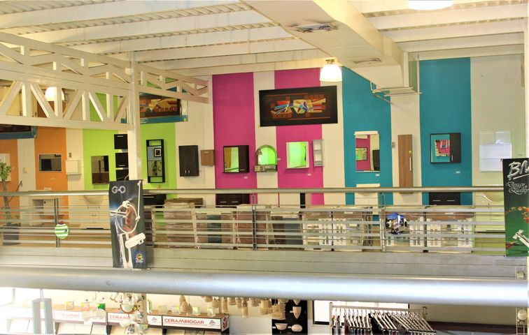 Local Comercial Vargas>Parroquia Caraballeda>Los Corales - Alquiler:3.500 Precio Referencial - codigo: 21-1619
