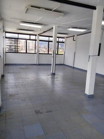 Galpon - Deposito Distrito Metropolitano>Caracas>Boleita Sur - Alquiler:1.200 Precio Referencial - codigo: 21-1637