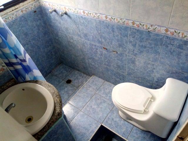 Apartamento Carabobo>Municipio Naguanagua>Casco Central - Venta:12.000 Precio Referencial - codigo: 21-1749