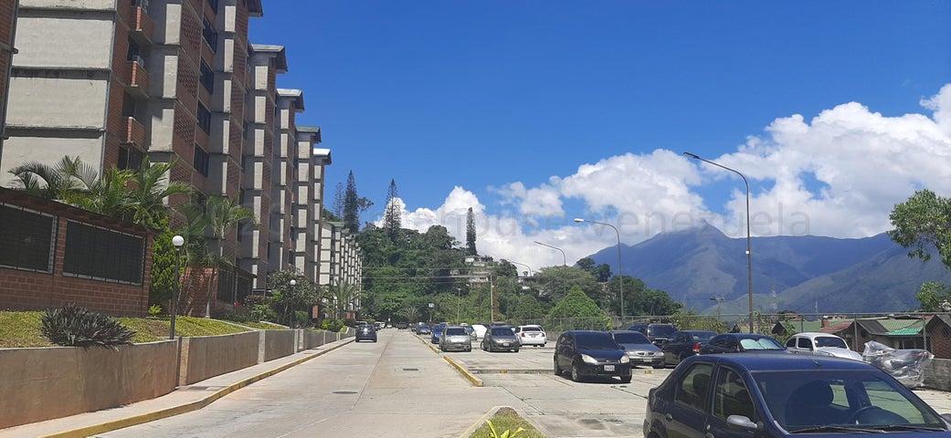 Apartamento Distrito Metropolitano>Caracas>Terrazas de Guaicoco - Venta:18.000 Precio Referencial - codigo: 21-1836