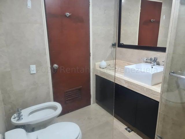 Apartamento Distrito Metropolitano>Caracas>El Rosal - Venta:270.000 Precio Referencial - codigo: 21-1841