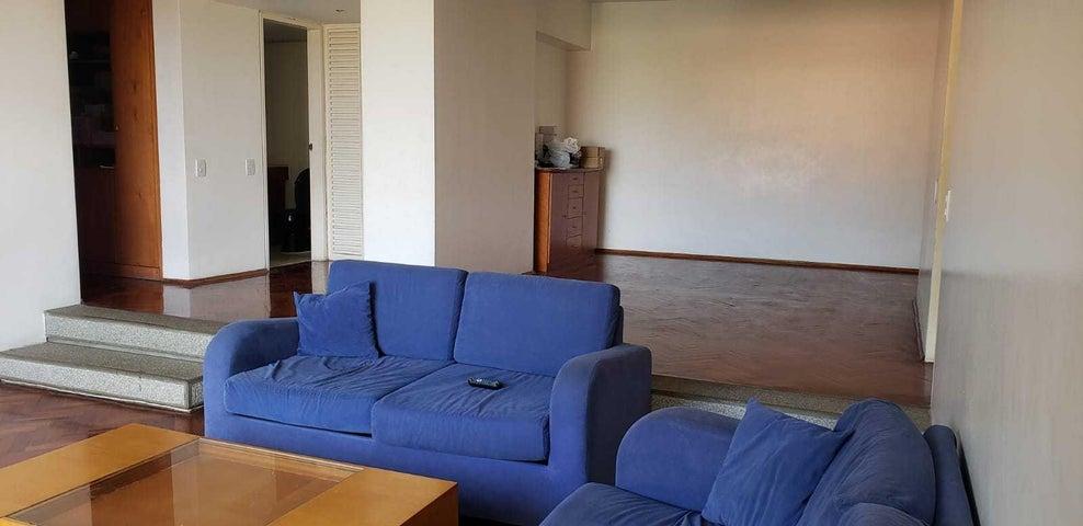 Apartamento Distrito Metropolitano>Caracas>Los Dos Caminos - Venta:169.000 Precio Referencial - codigo: 21-2020