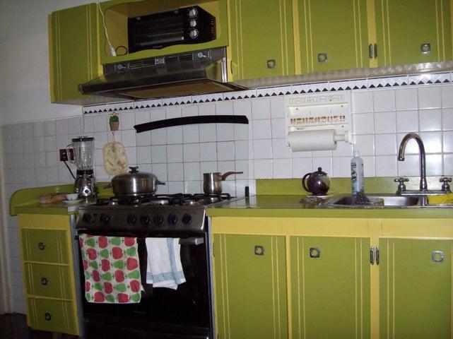 Apartamento Distrito Metropolitano>Caracas>La California Norte - Venta:60.000 Precio Referencial - codigo: 21-2024