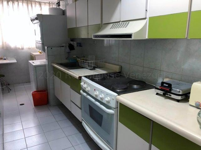 Apartamento Distrito Metropolitano>Caracas>Lomas de Prados del Este - Venta:62.000 Precio Referencial - codigo: 21-2040
