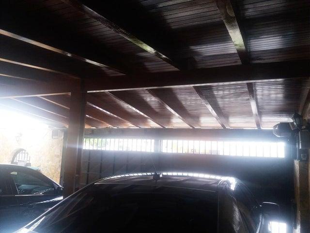 Casa Distrito Metropolitano>Caracas>Terrazas del Club Hipico - Alquiler:1.890 Precio Referencial - codigo: 21-2066