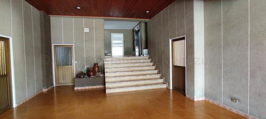 Apartamento Distrito Metropolitano>Caracas>Terrazas del Avila - Venta:46.000 Precio Referencial - codigo: 21-2382